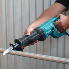 Makita 12-Amp Reciprocating Saw Image 7