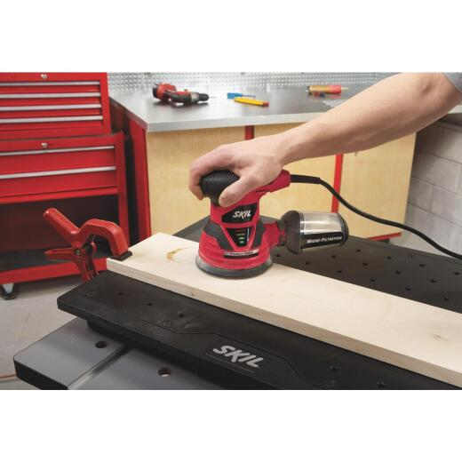 SKIL 5 In. 2.8A Finish Sander