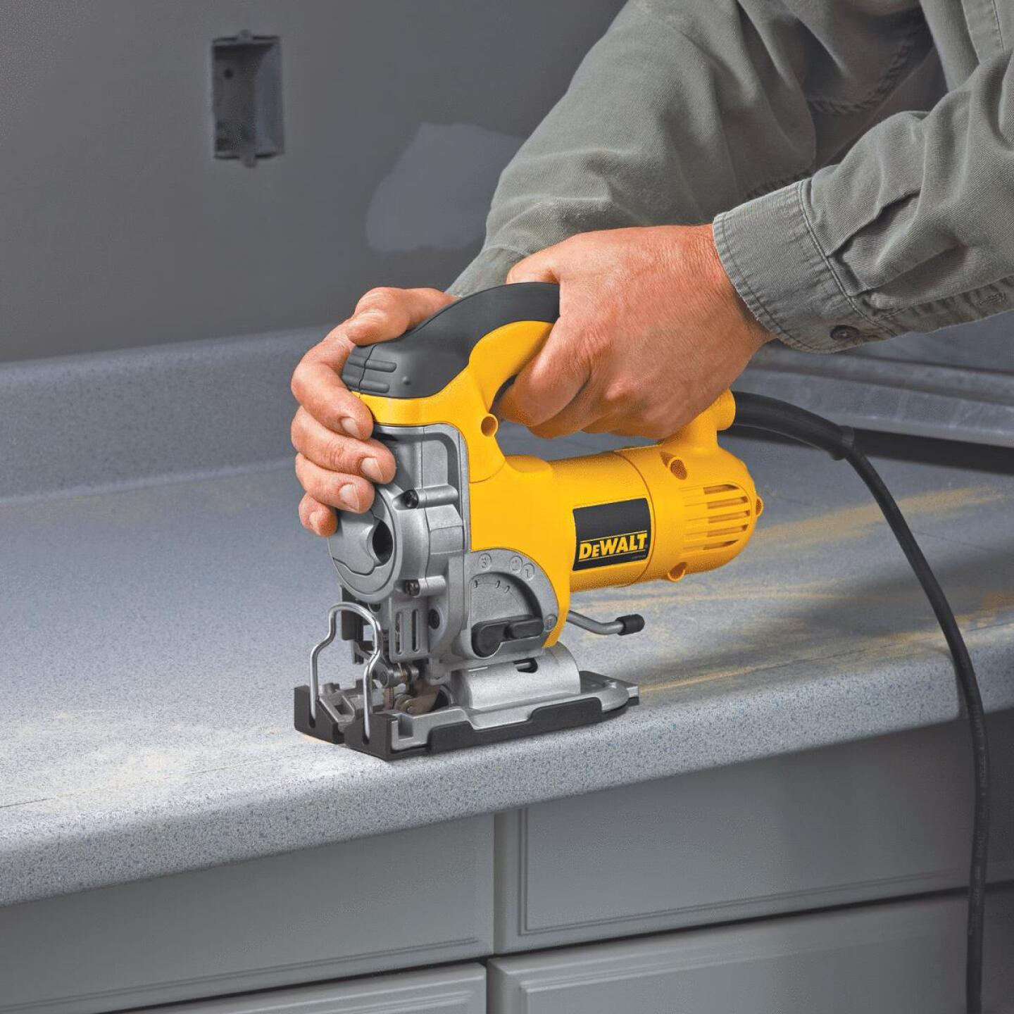 DeWalt 6.5A 4-Position 500 to 3100 SPM Jig Saw Image 7
